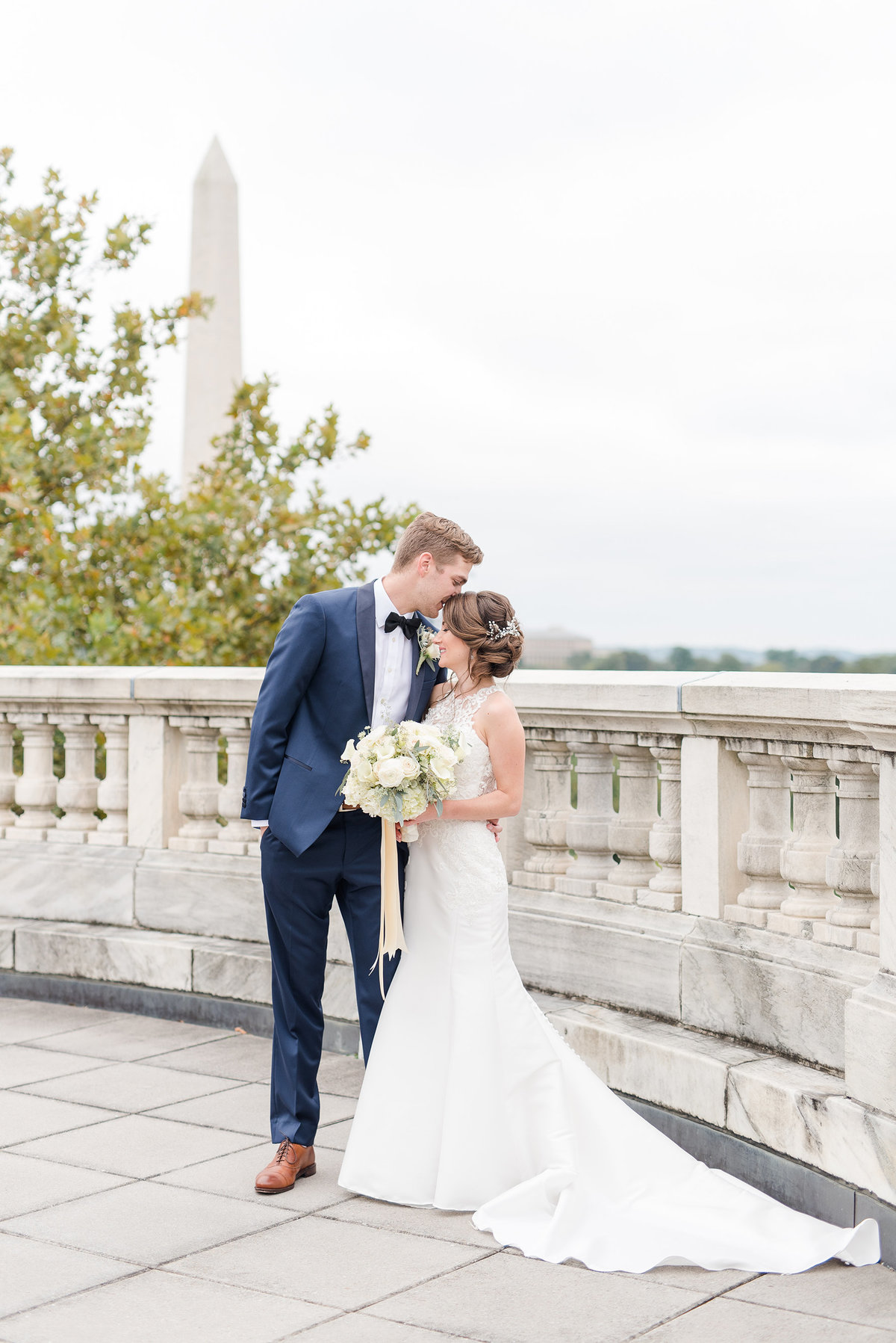 dar-first-look-wedding-photos-washington-dc-monument-rooftop-wedding-venue-photo