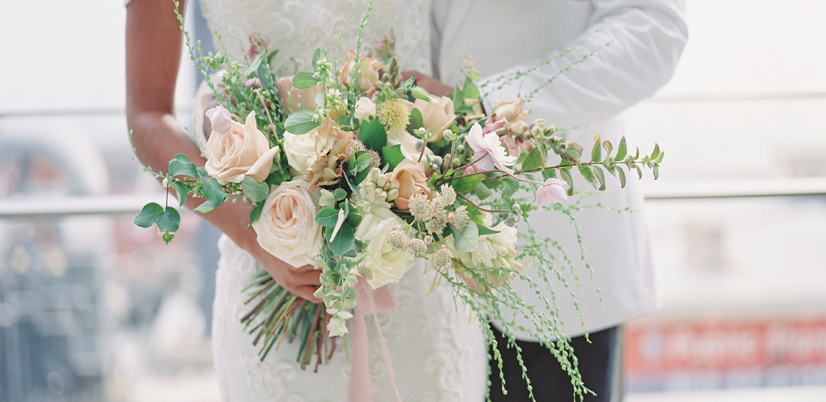 leigh-and-mitchell-top-seattle-wedding-florist