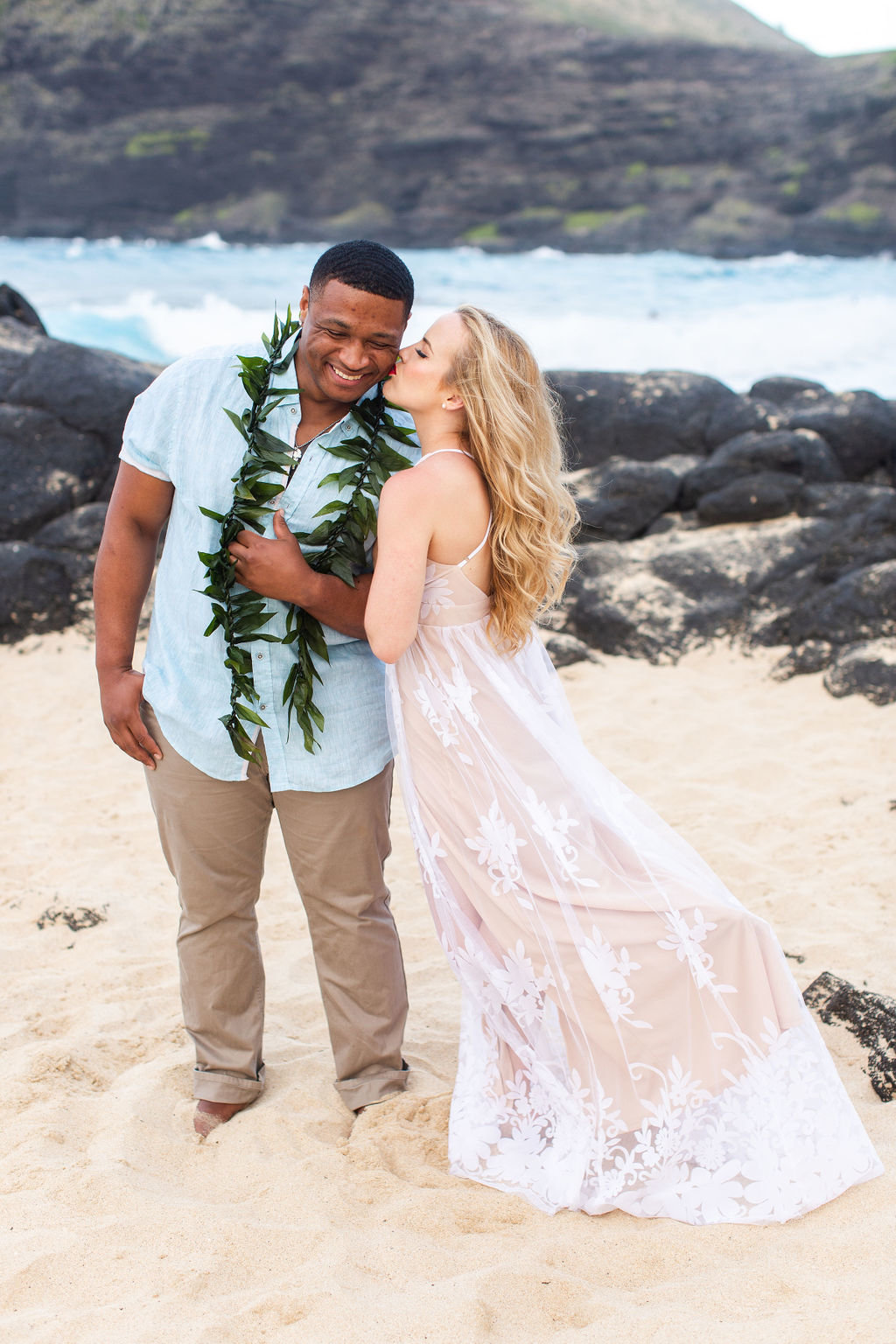oahu-engagement-session-11