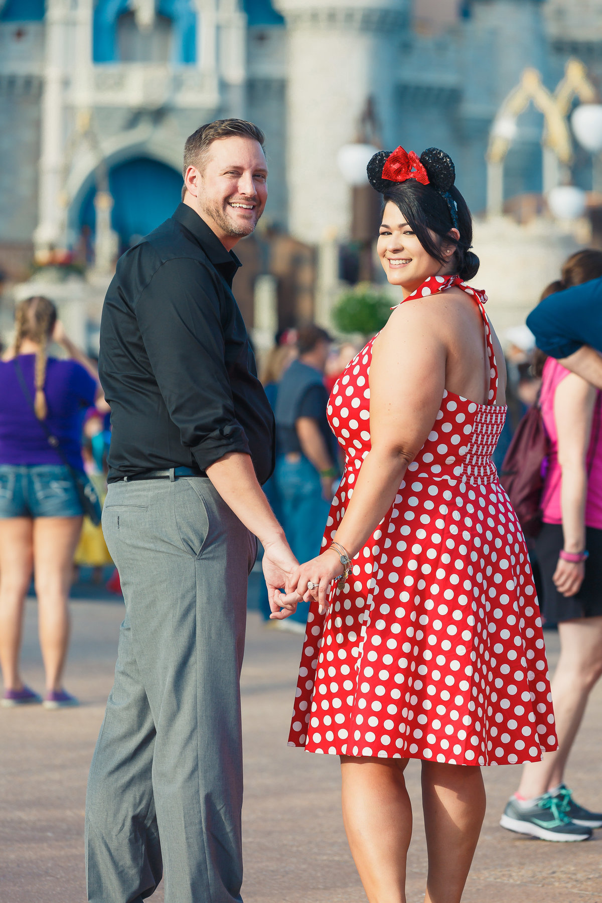 Disney-Bounding-Engagment-Couple-Minnie-Inspo-Orlando-Jessica-Lea-IMG-114