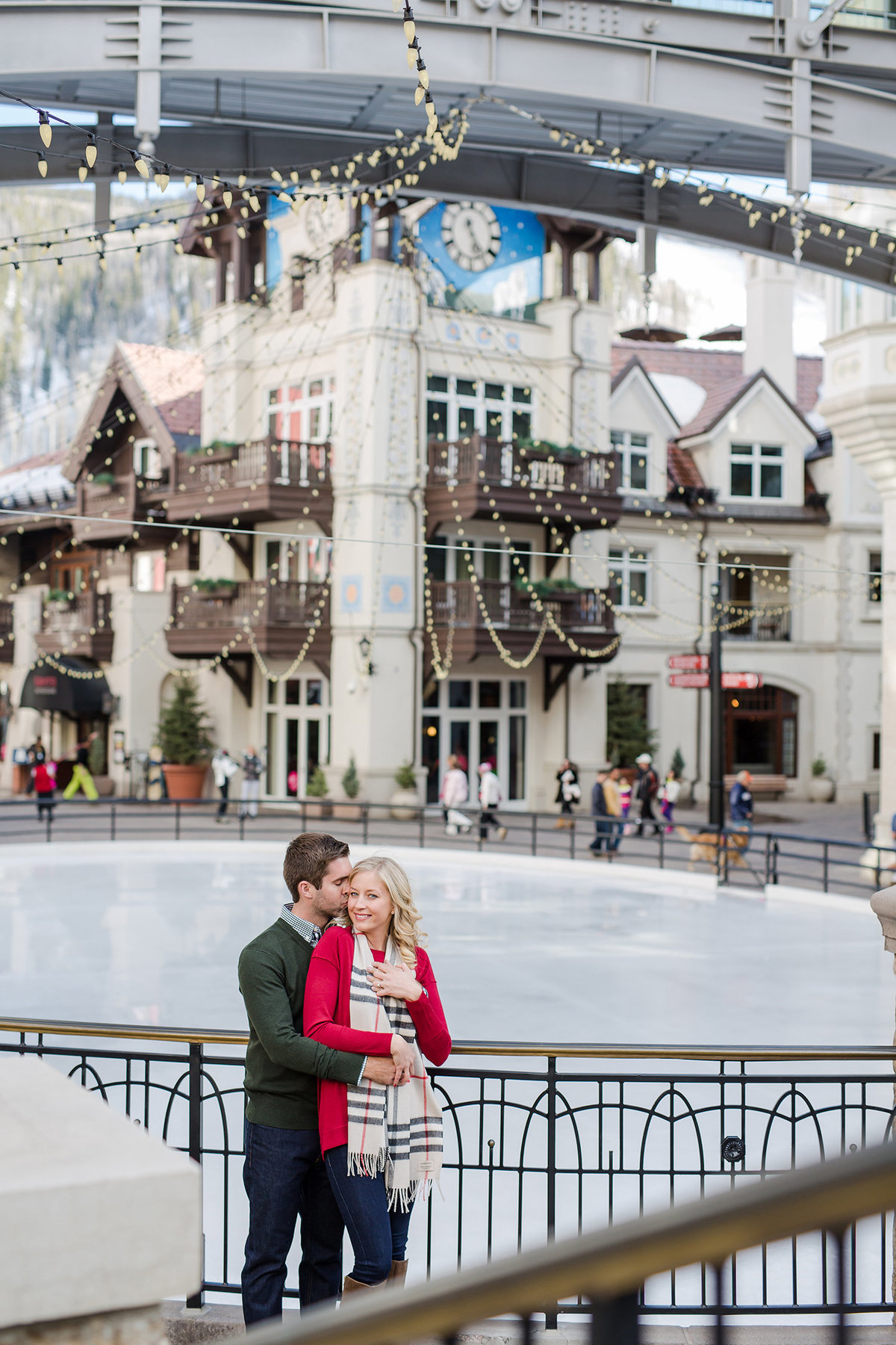winter vail village engagement pictures