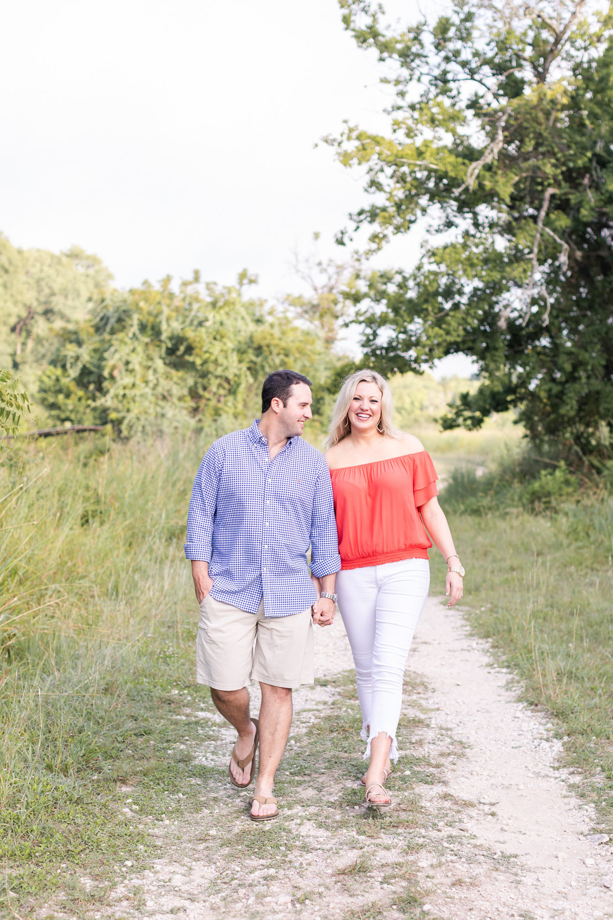 Engagement-Session-At-Cibolo-Nature-Center-Dawn-Elizabeth-Studios-Boerne-Wedding-Photographer-0017