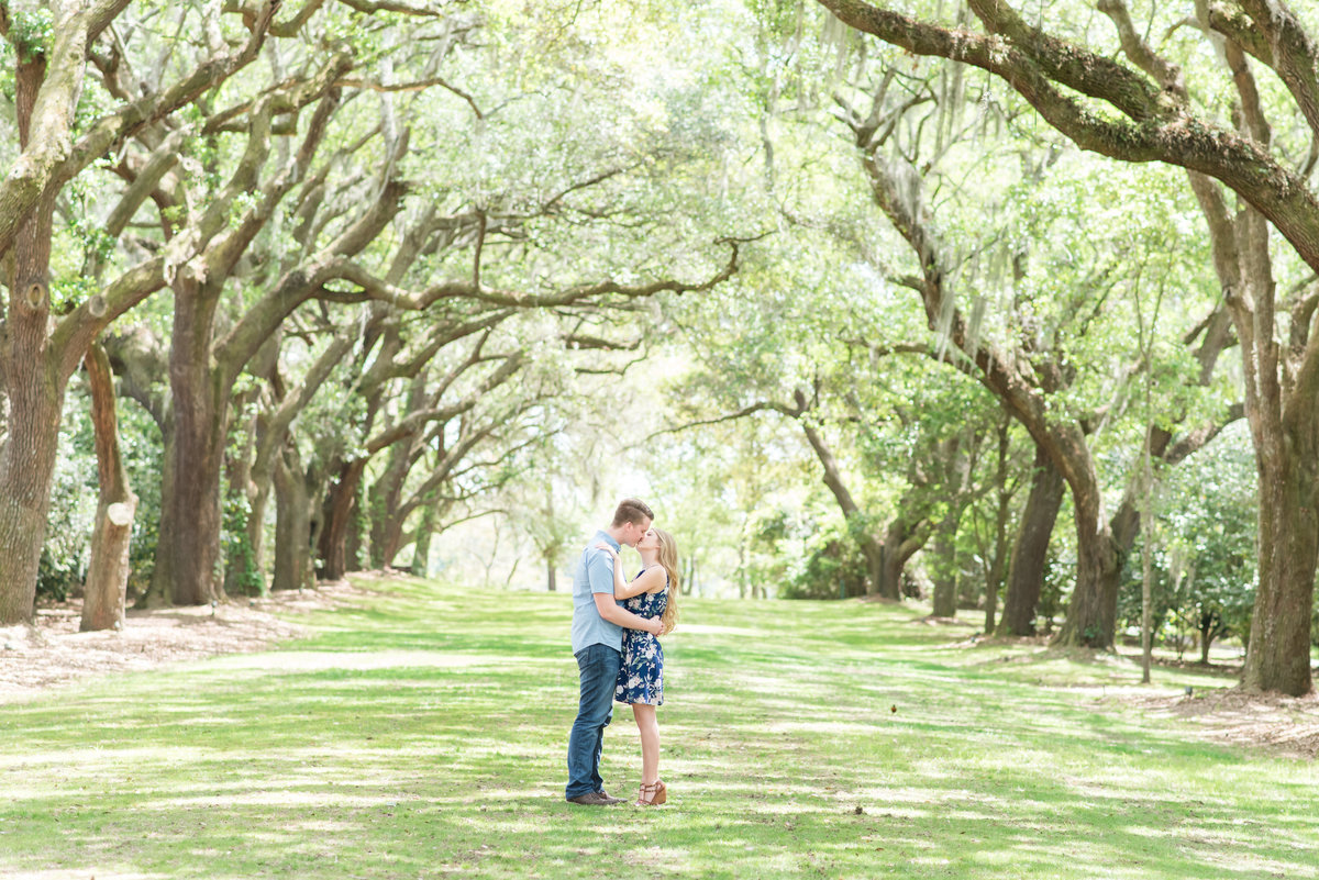 PORTFOLIO-2018-04-14 Tara and Morgan Engagement Session 245594-2
