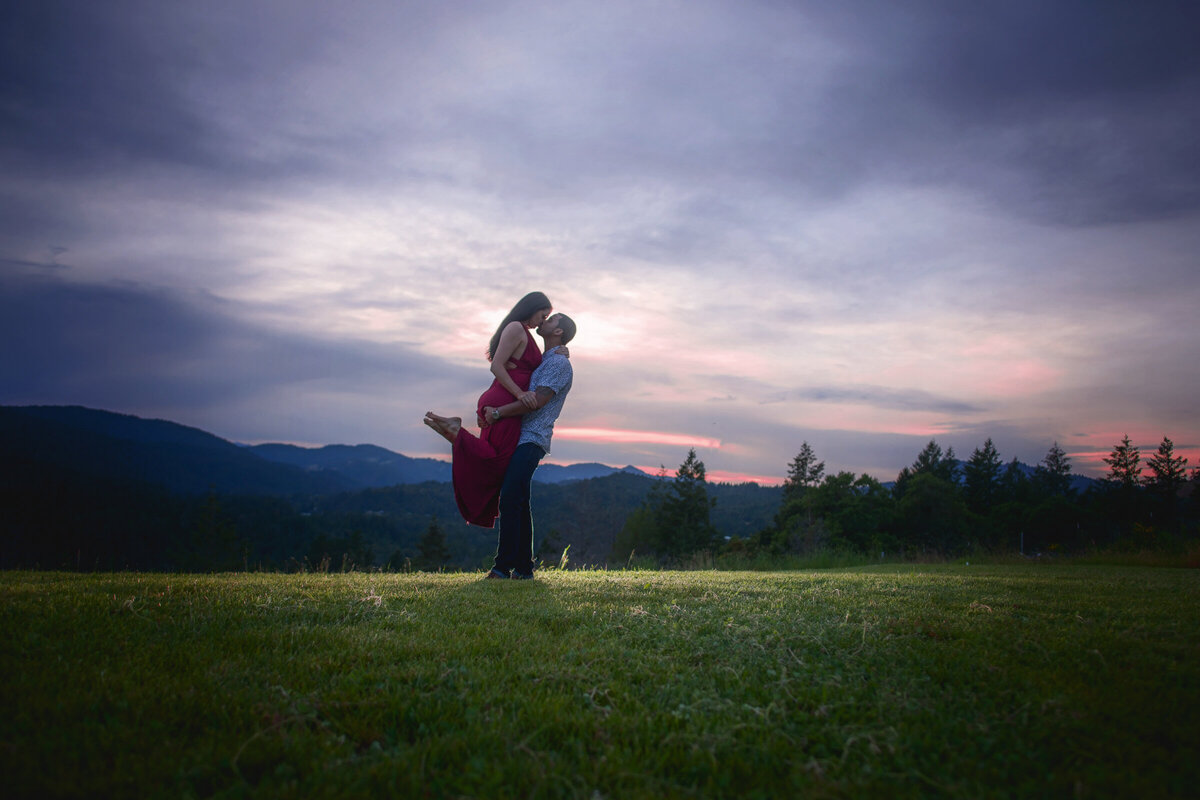 -Humboldt-County-Engagement-Photographer-Redway-Photographer-Parky's Pics-sunset-river-engagement-14
