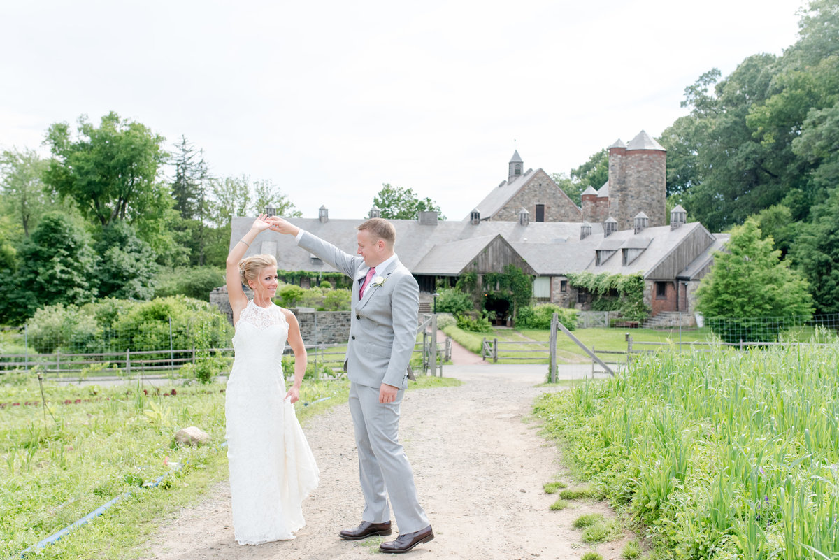 Blue Hill at Stone Barns Wedding-New York Wedding Photographer-Jaclyn and Colin Wedding 181736-19