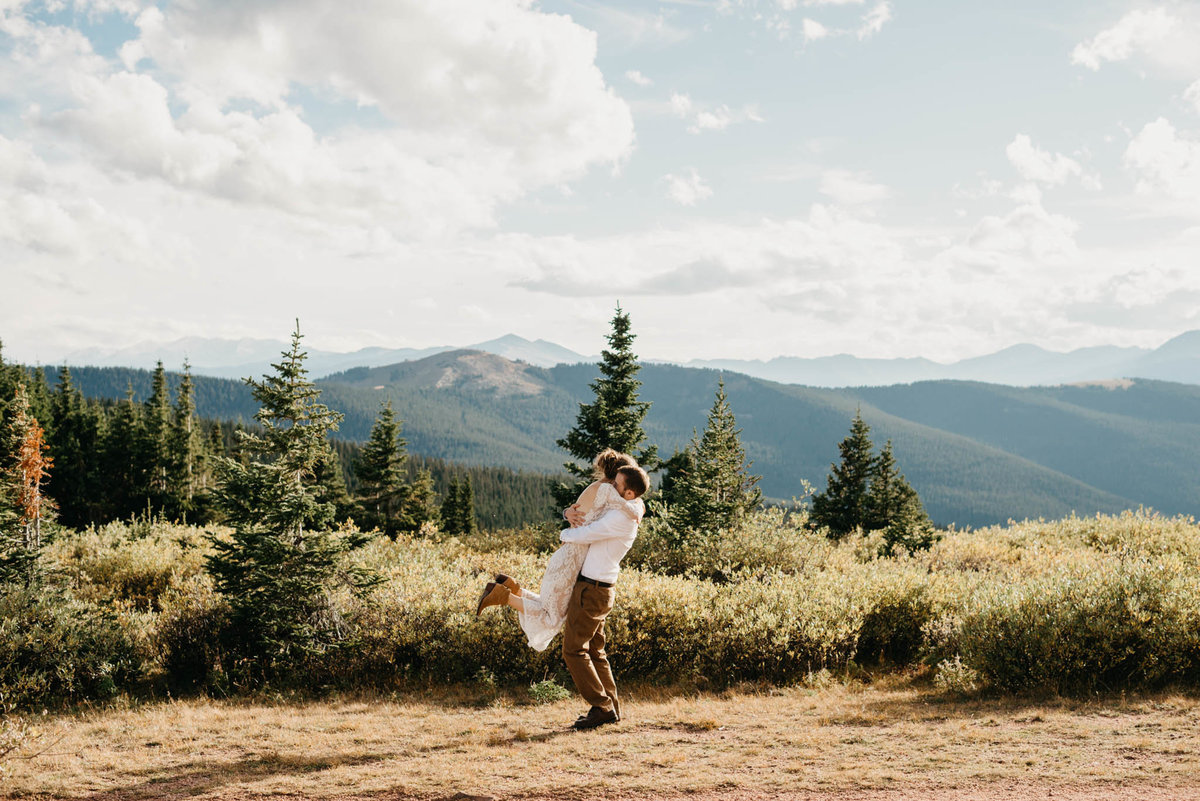 vail-adventure-elopement-photographers