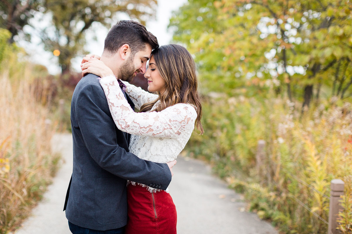 fall-chicago-engagement-session-2