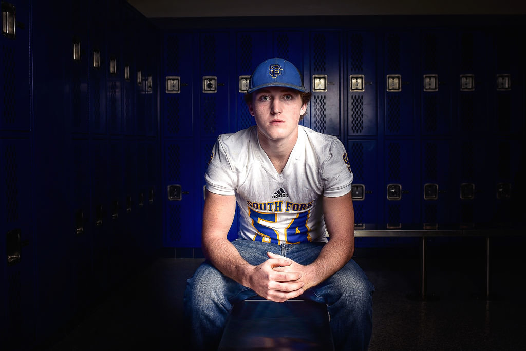 Redway-California-senior-portrait-photographer-Parky's-Pics-Photography-Humboldt-County-football-Souuth-Fork-High-2.jpg