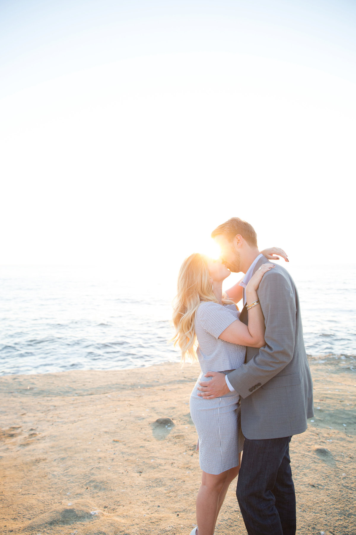 babsie-ly-photography-surprise-proposal-photographer-san-diego-california-sunset-cliffs-epic-scenery-012