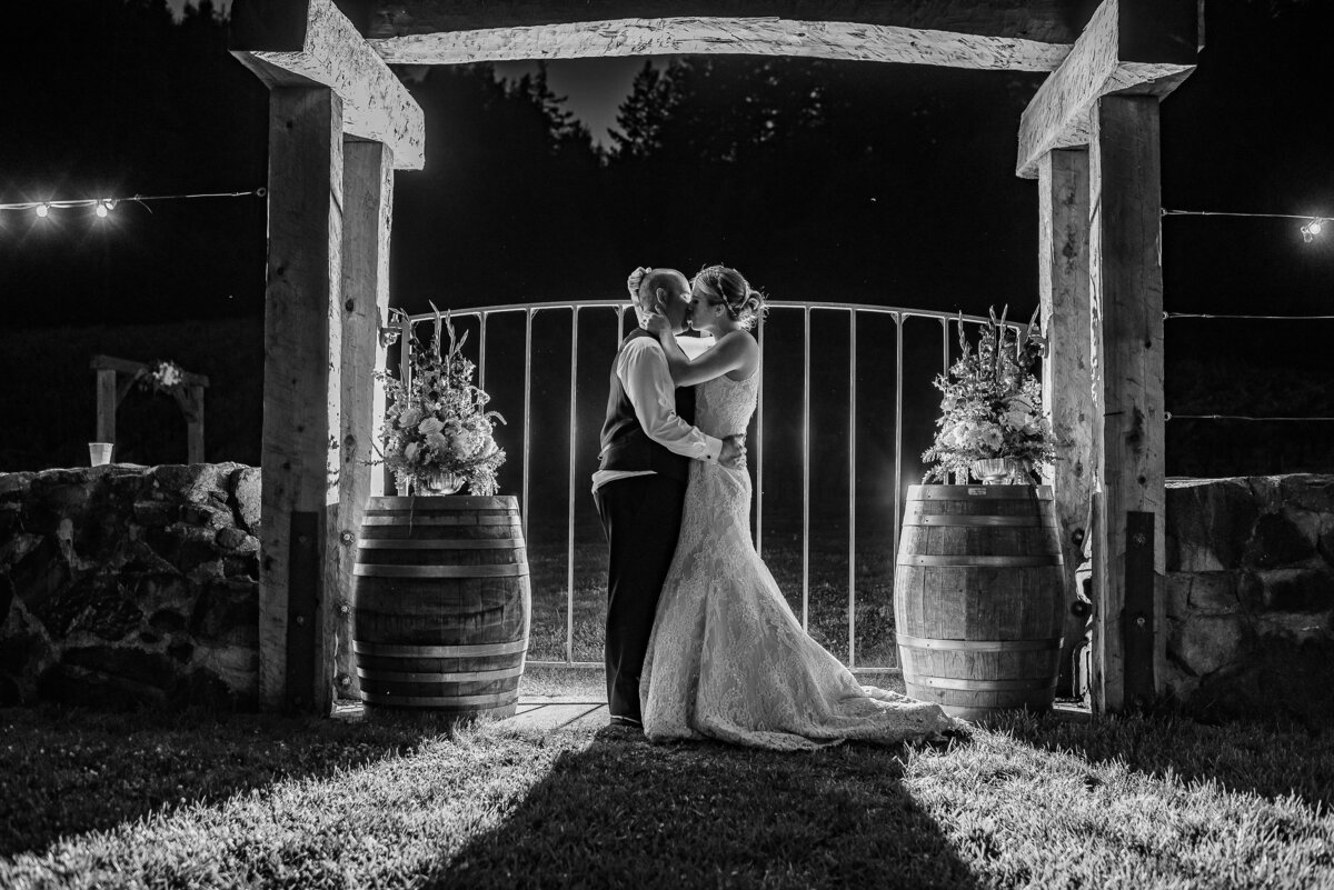Redway-California-wedding-photographer-Parky's-PicsPhotography-Humboldt-County-Photographer-Rosina-Vineyards-wedding-35.jpg