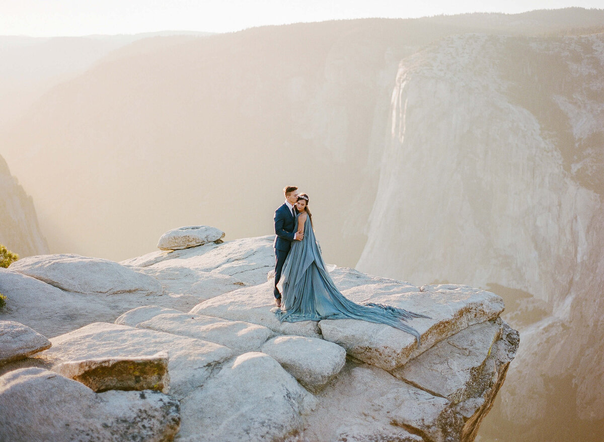 taft-point-yosemite-wedding-clay-austin-photography-14
