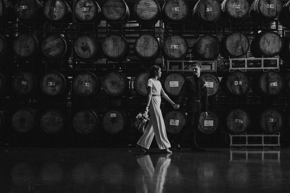 wedding-barrels-brewery-elopement-chicago-il-16
