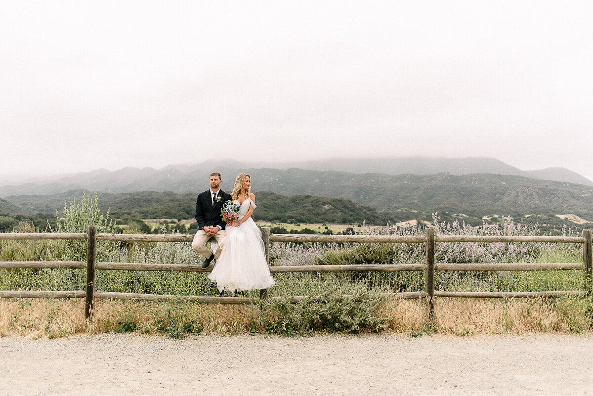 Romantic Thousand Oaks Wedding Photographer
