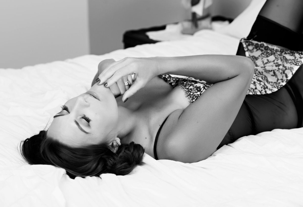 intimates by janet lynn is one of the top rated sexy photographers in indiana'