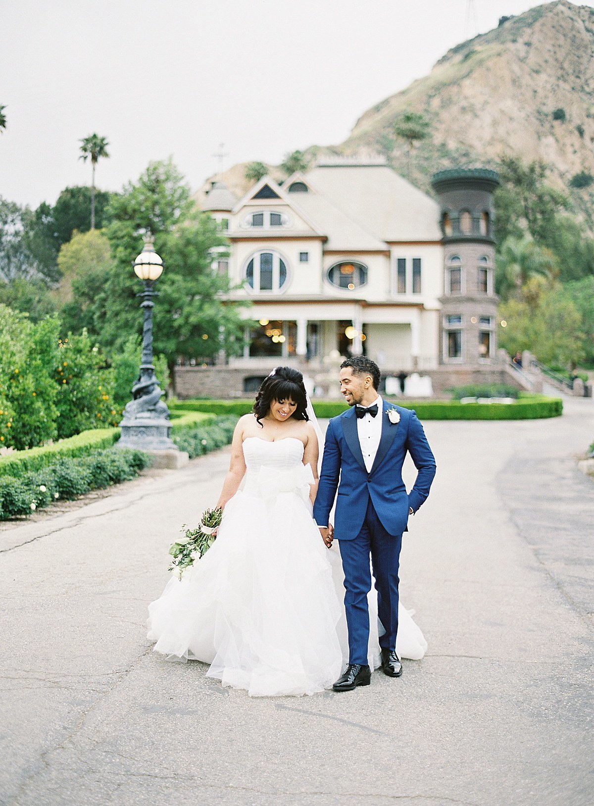 Posh Peony Newhall Mansion Piru Lush White Floral and Greenery Wedding_0006