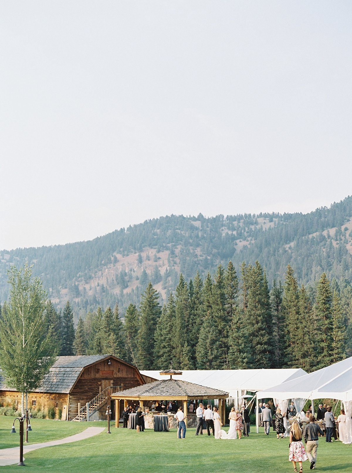 rainbow.ranch.big.sky.montana.wedding.simplysarah.photography42