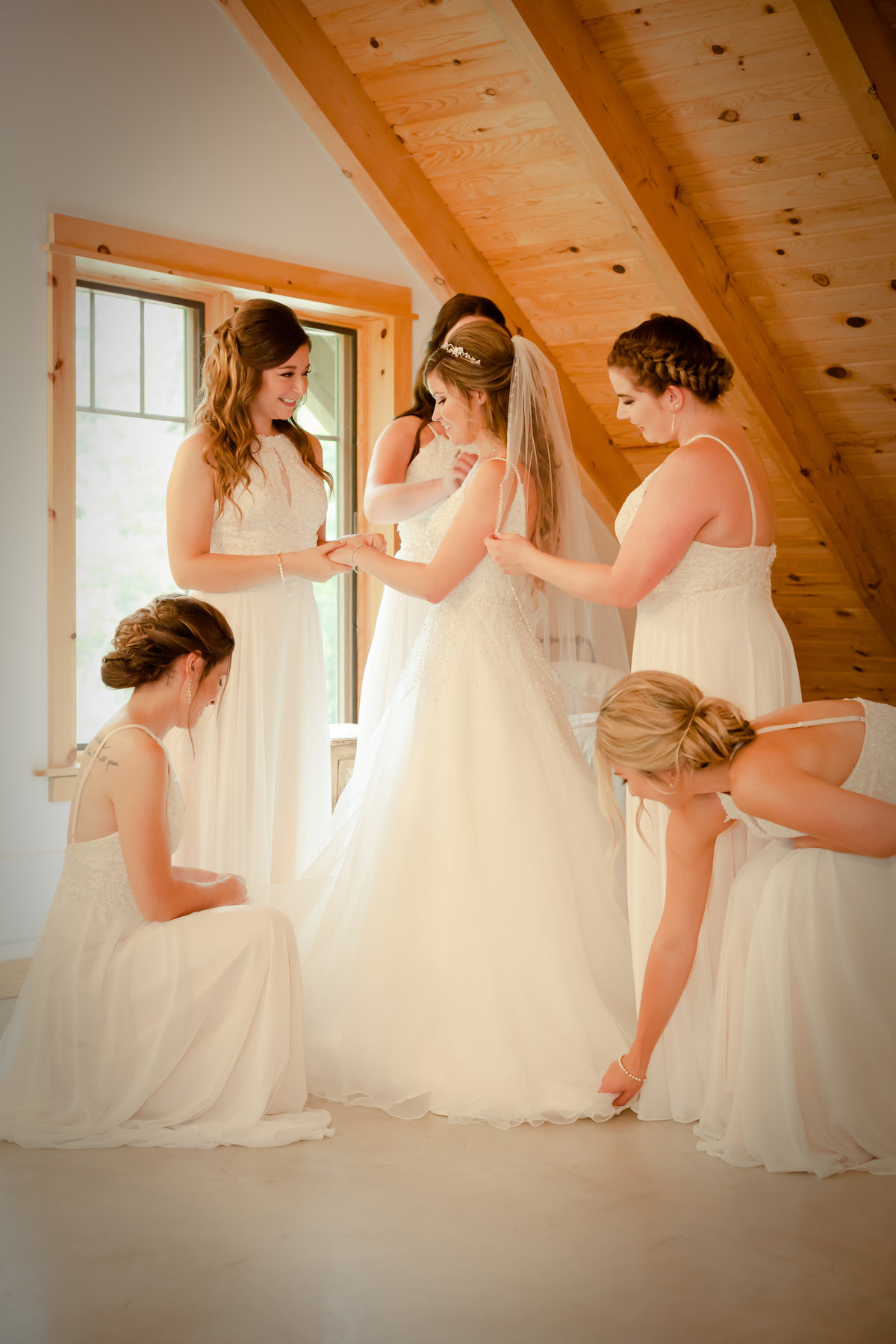 Bride and Bridesmaids Photos (2)