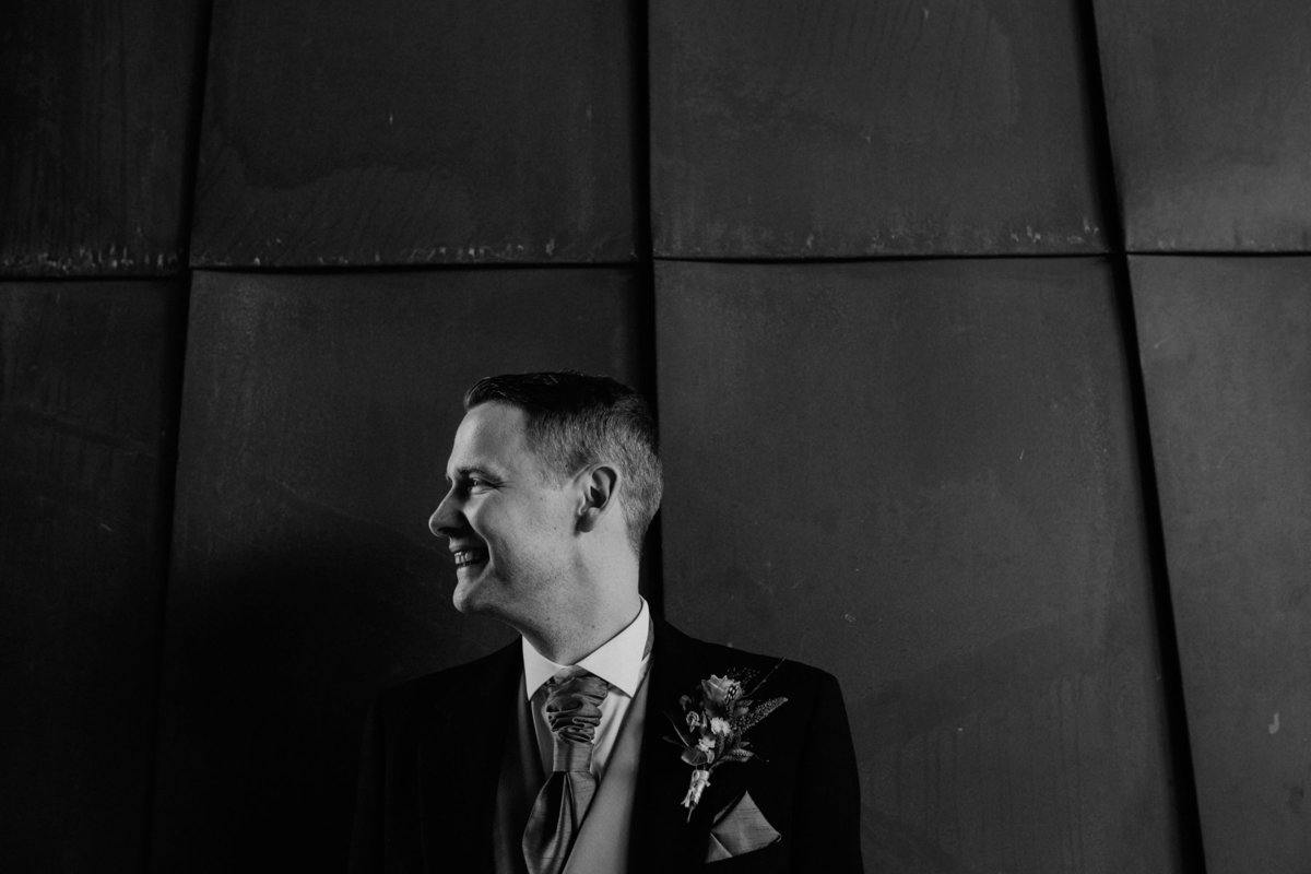 008-groom-at-double-tree-hotel--leeds--modern-wedding-photography--yorkshire