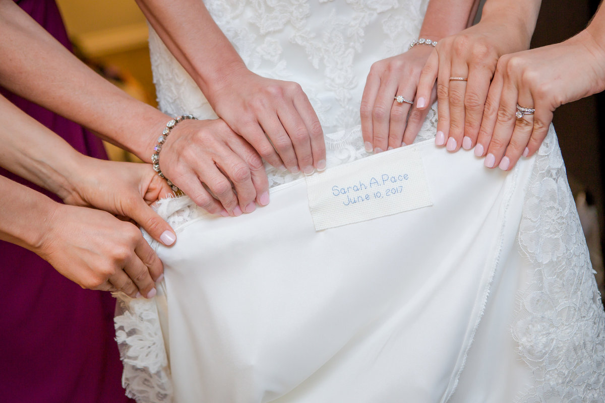 WeddingDetail - Holly Dawn Photography - Wedding Photography - Family Photography - St. Charles - St. Louis - Missouri -76