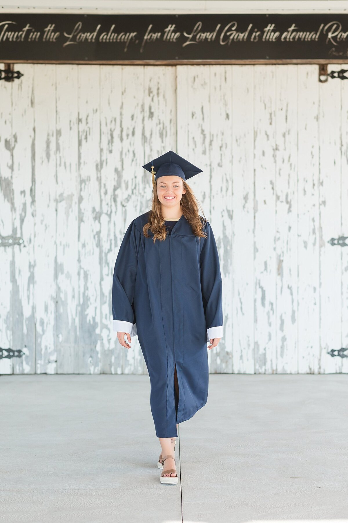 Cap and Gown Mini Sessions  photos by Simply Seeking Photography_0096
