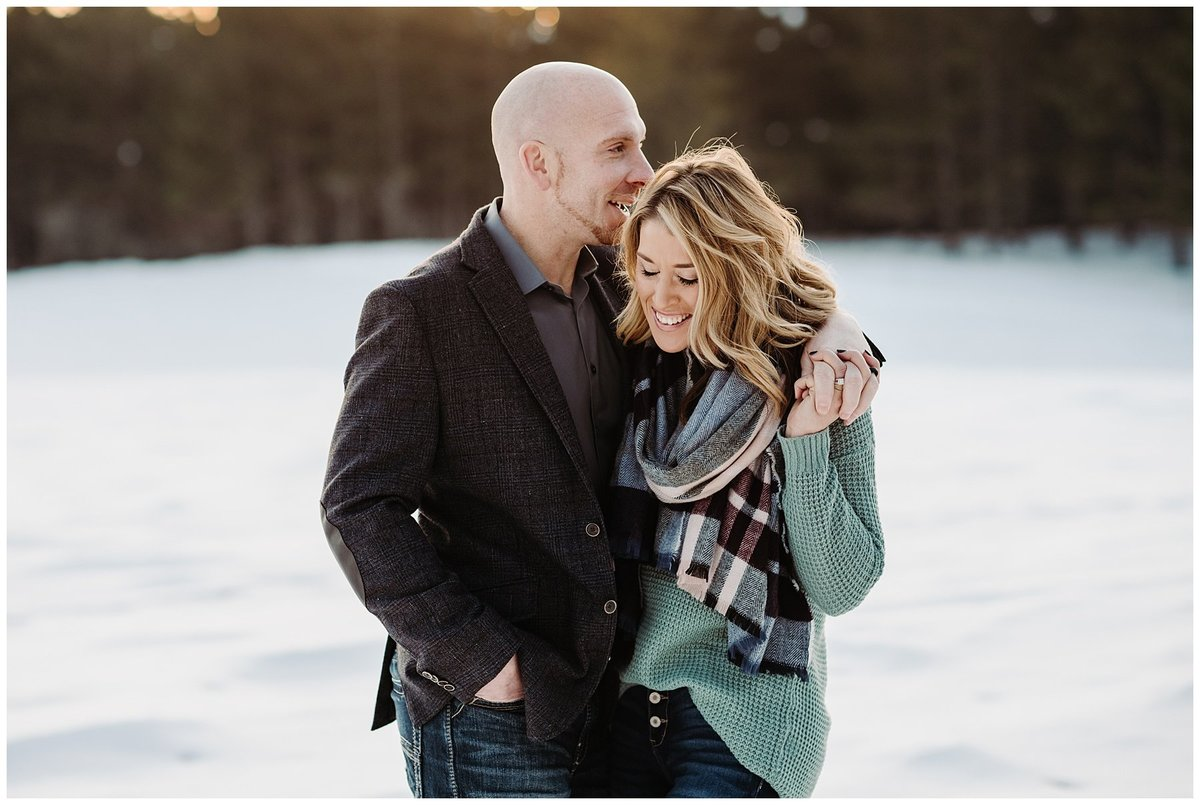 Outdoor-Winter-Couples-Session001