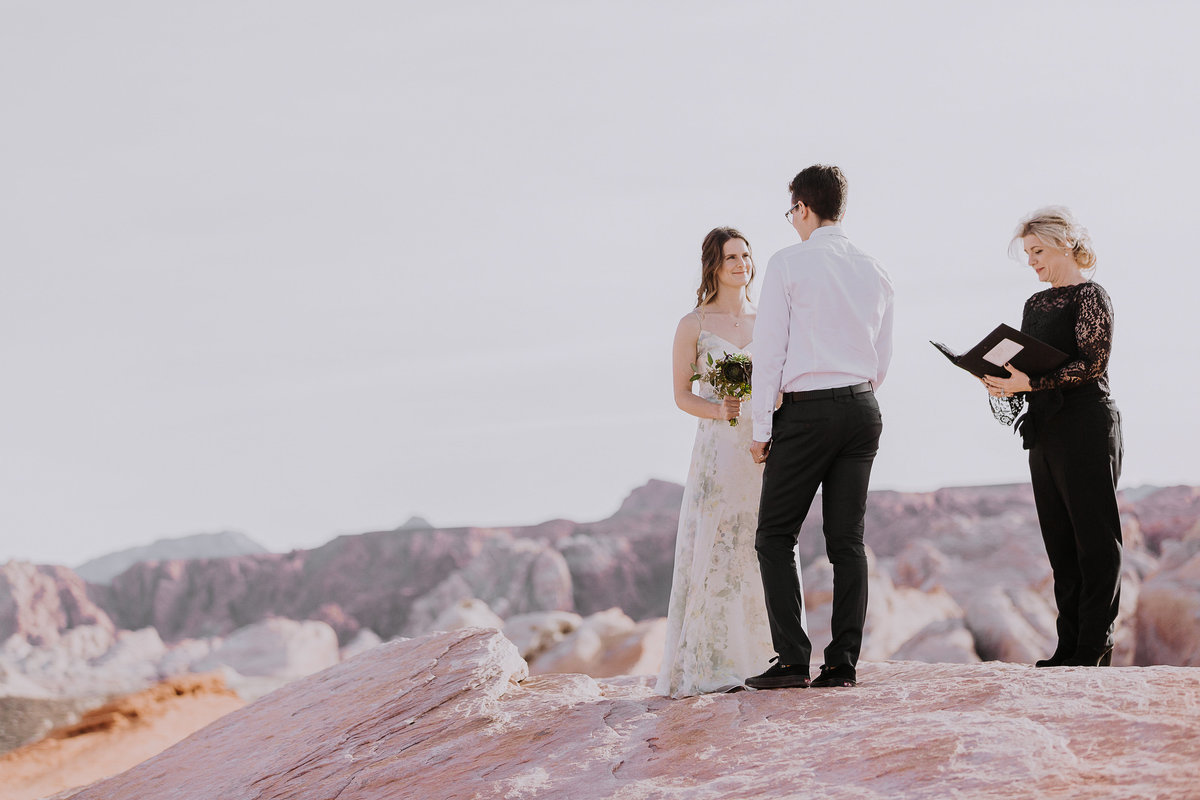 Lake Tahoe wedding photography couple weds in desert