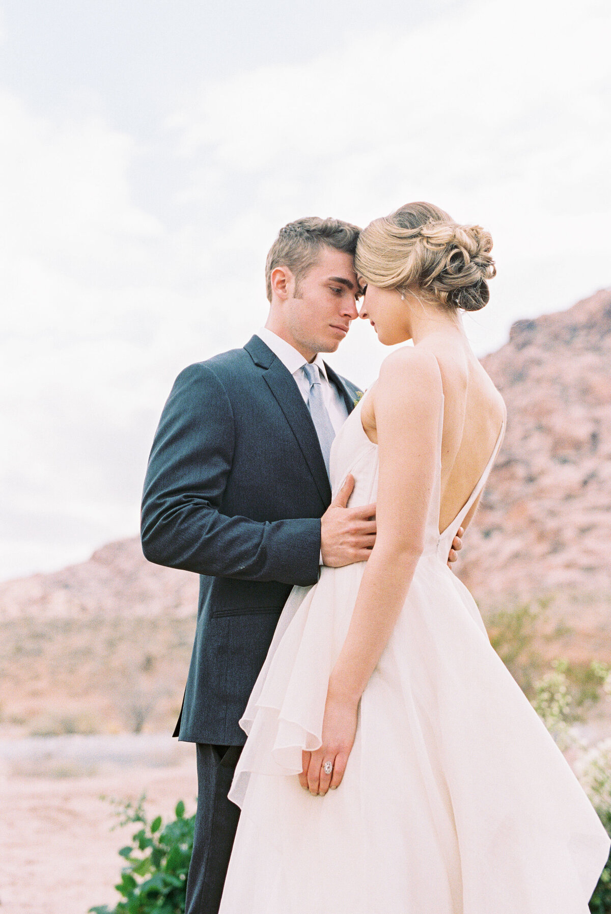 california-desert-elopement-photos17