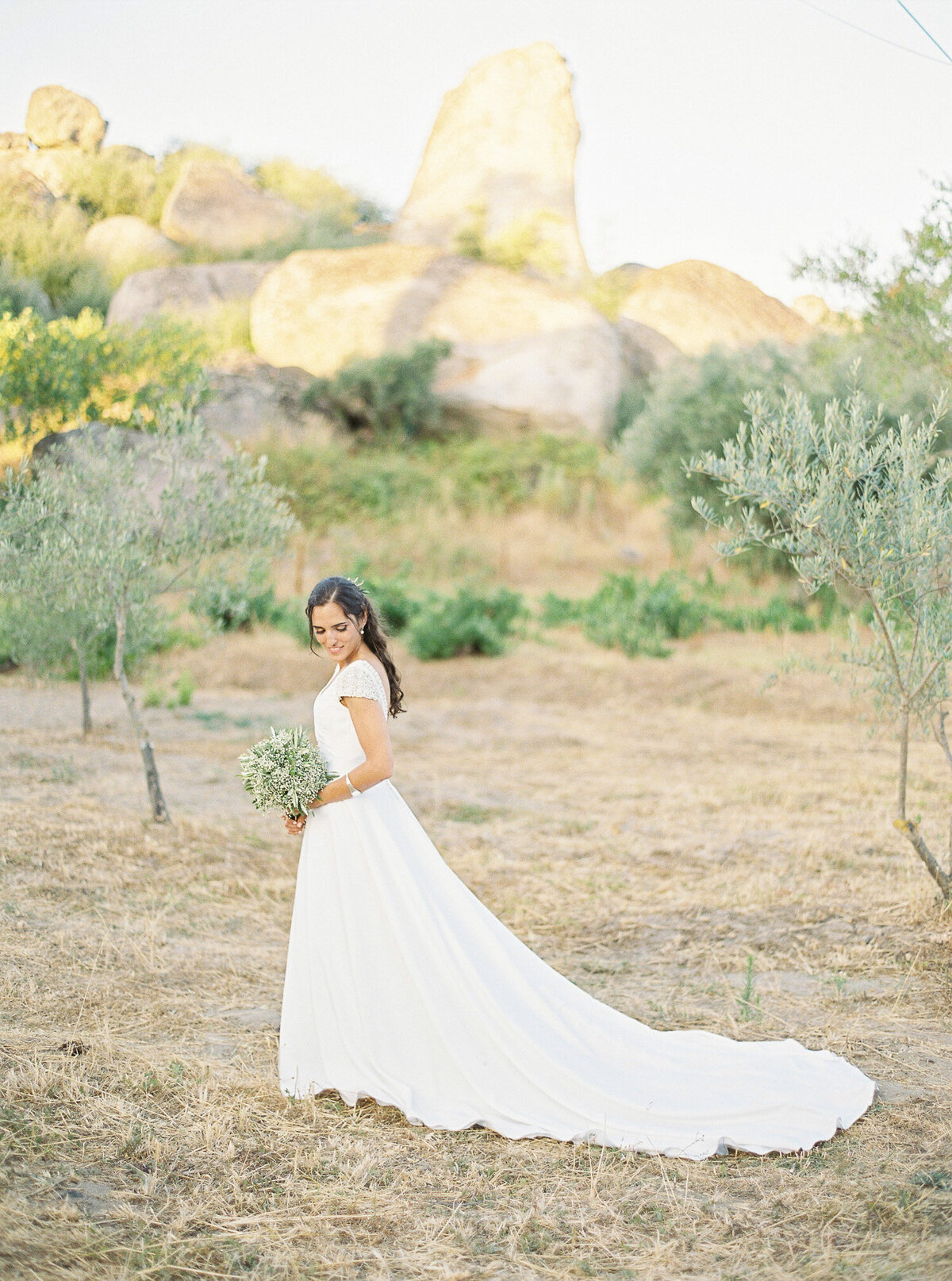 wedding_with_a_vintage_car_in_marvão-37