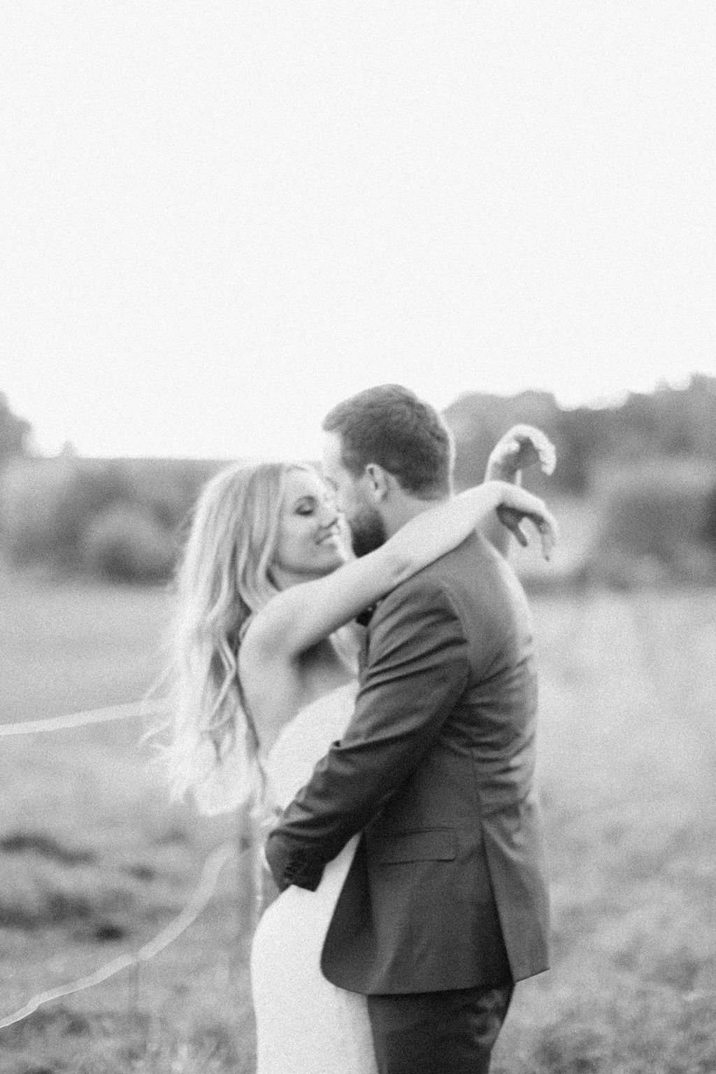 Kristina Lorraine Photography Lake Geneva  Oak Hill Farms Annie Jake Wedding00009