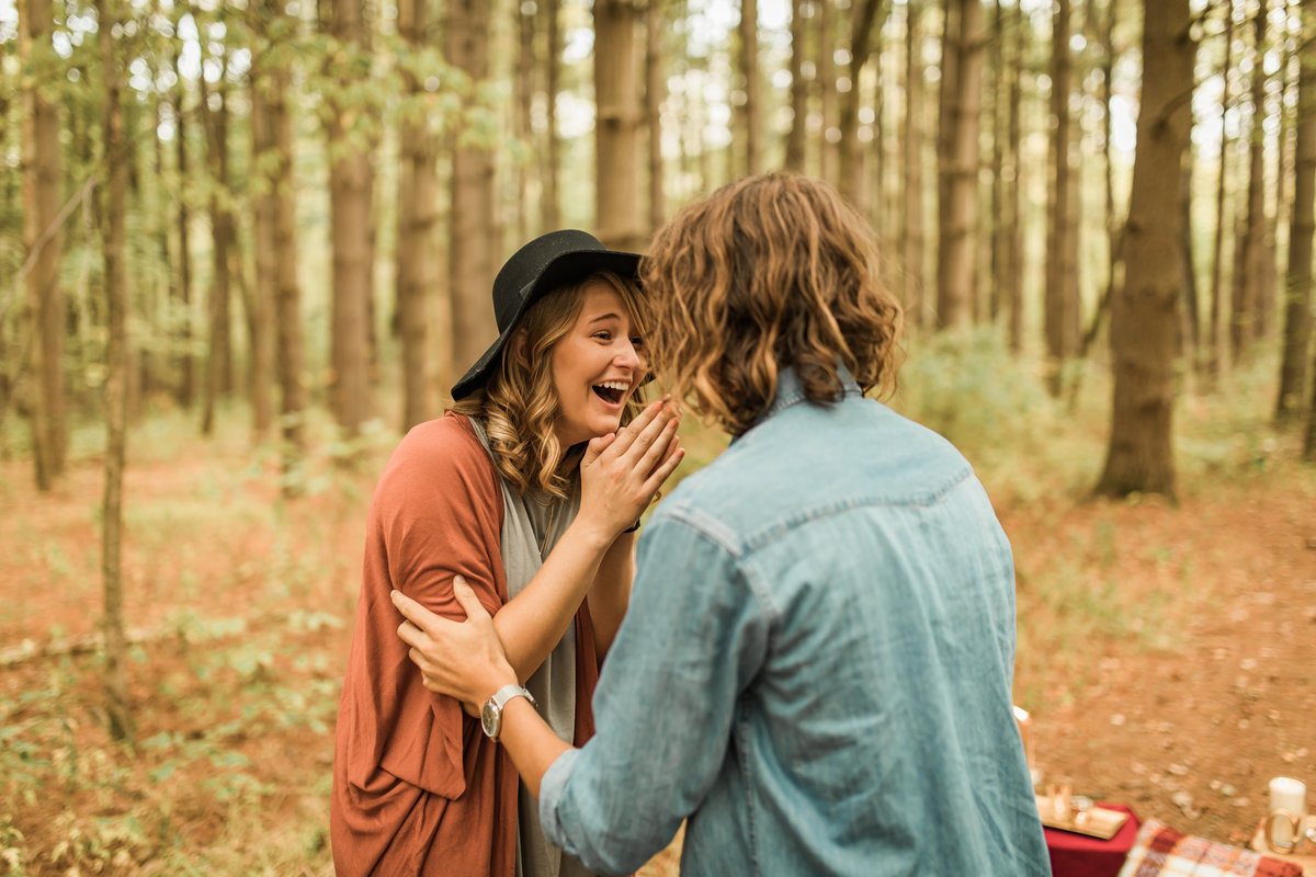 Busch Wildlife  Defiance, MO  Fall Picnic Colorado Themed Surpise Proposal  Cameron + Mikayla  Allison Slater Photography243
