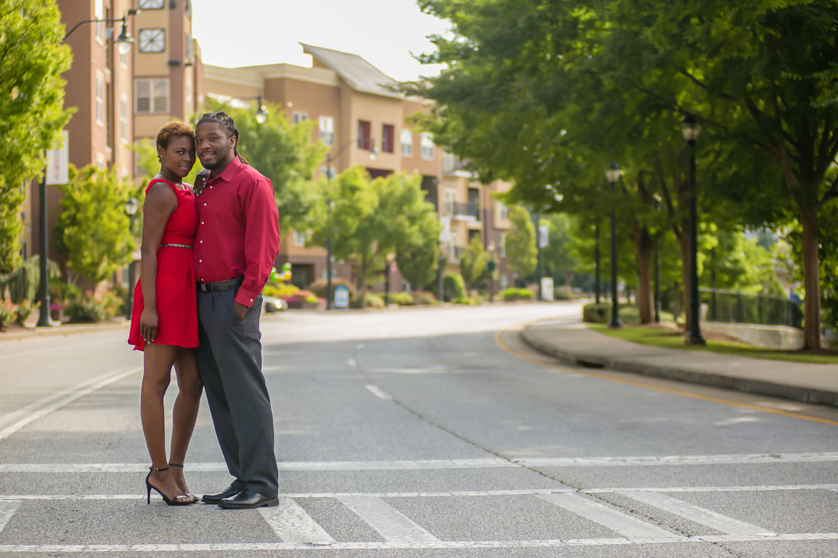 Atlantic-Station-Atlanta-Engagement-photographer_lyndalouis.001