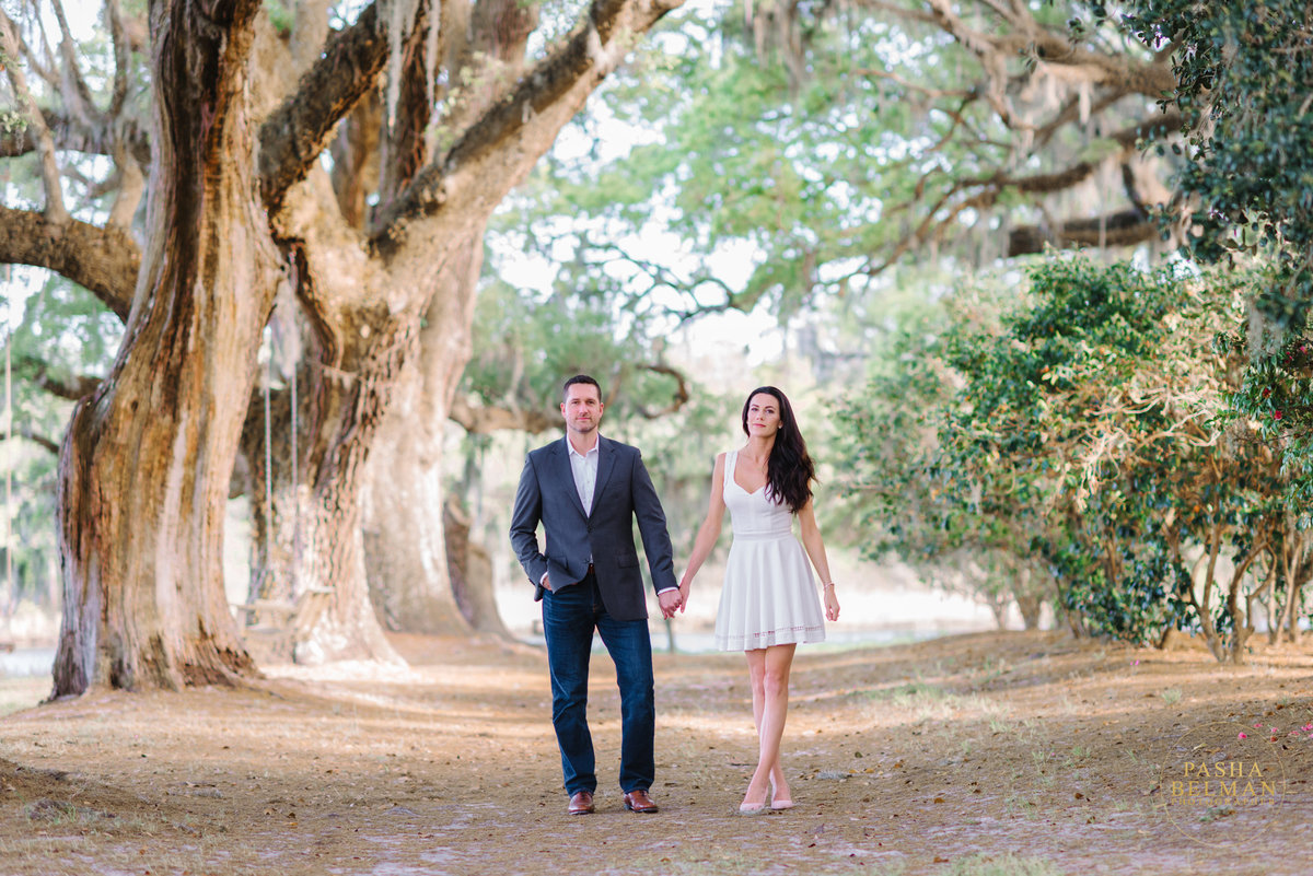 Charleston Engagement Photography | Engagement Pictures in Charleston | Engagement Portraits by Pasha Belman Photographer-3