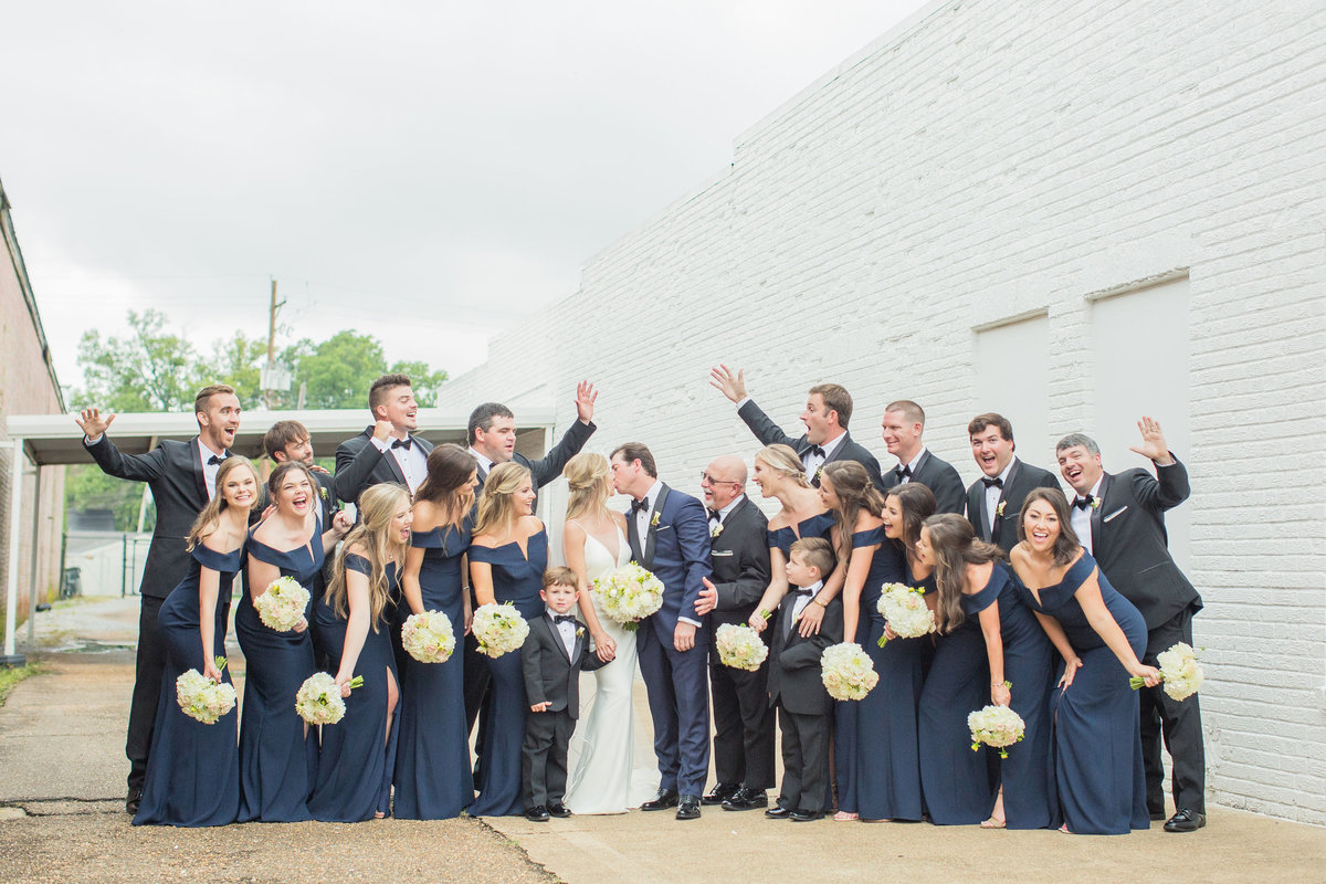 navy-black-classic-mississippi-wedding-party-katelyn-anne