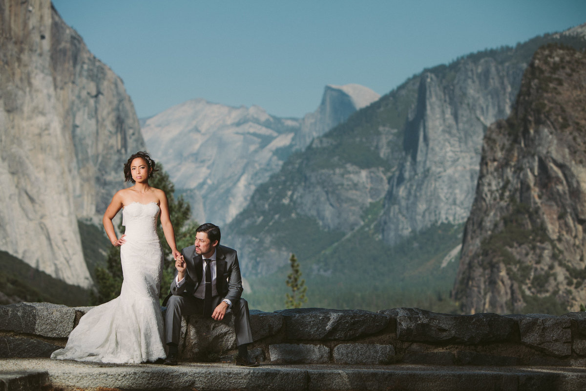 Bride and Groom at tunnel view in Yosemite National Park