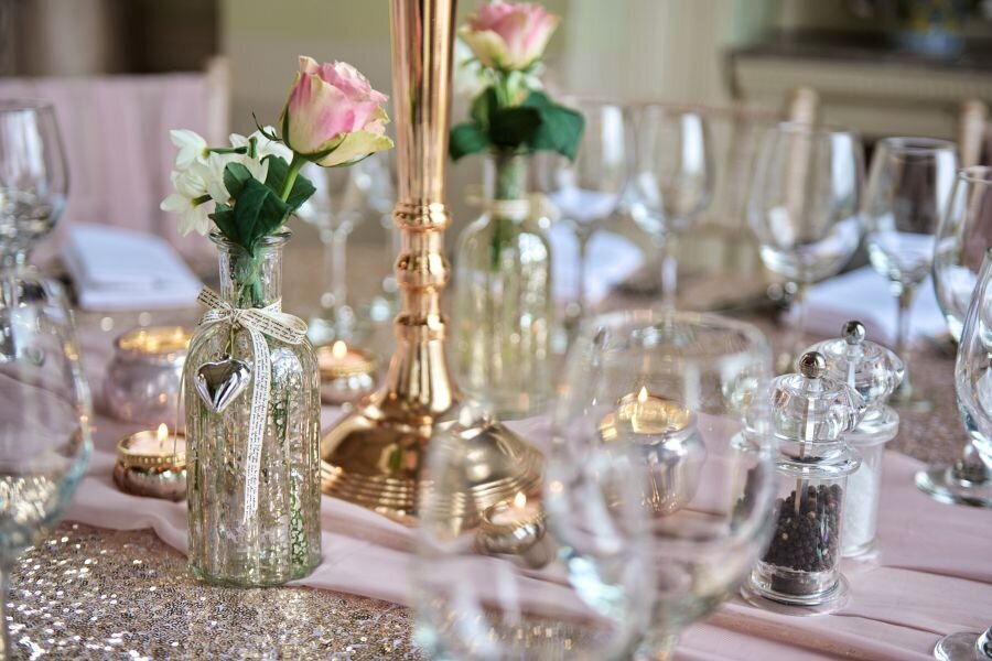 Dusky pink and gold wedding Prestwold Hall sm(4)