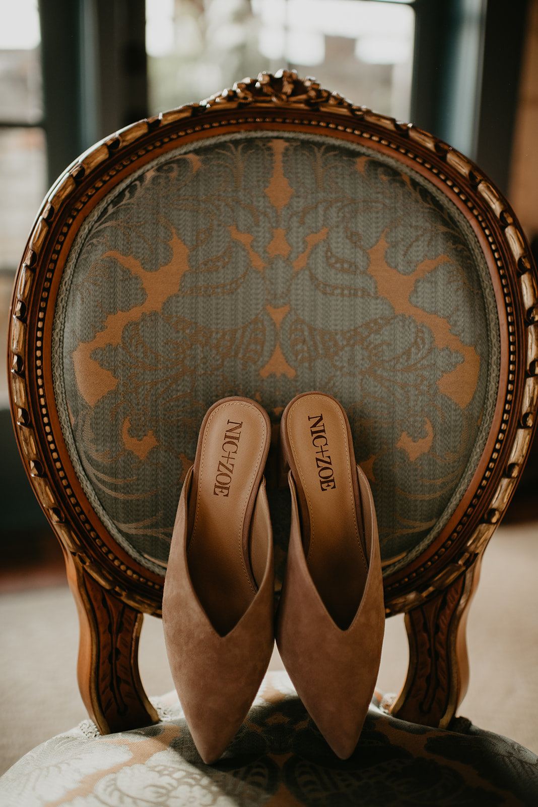 Britty + Beau - Elopement - The Ruins_ Seattle_ WA - Kamra Fuller Photography - Runaway With Me Elopement Collective-27