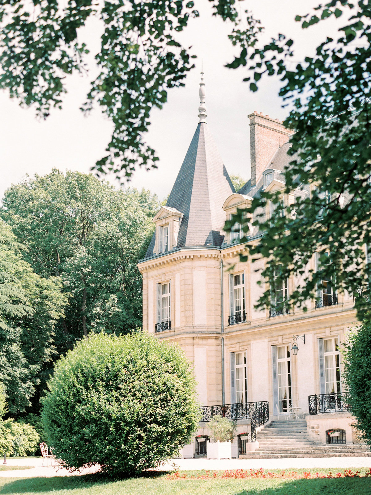 Luxurious french chateau wedding amelia soegijono0053