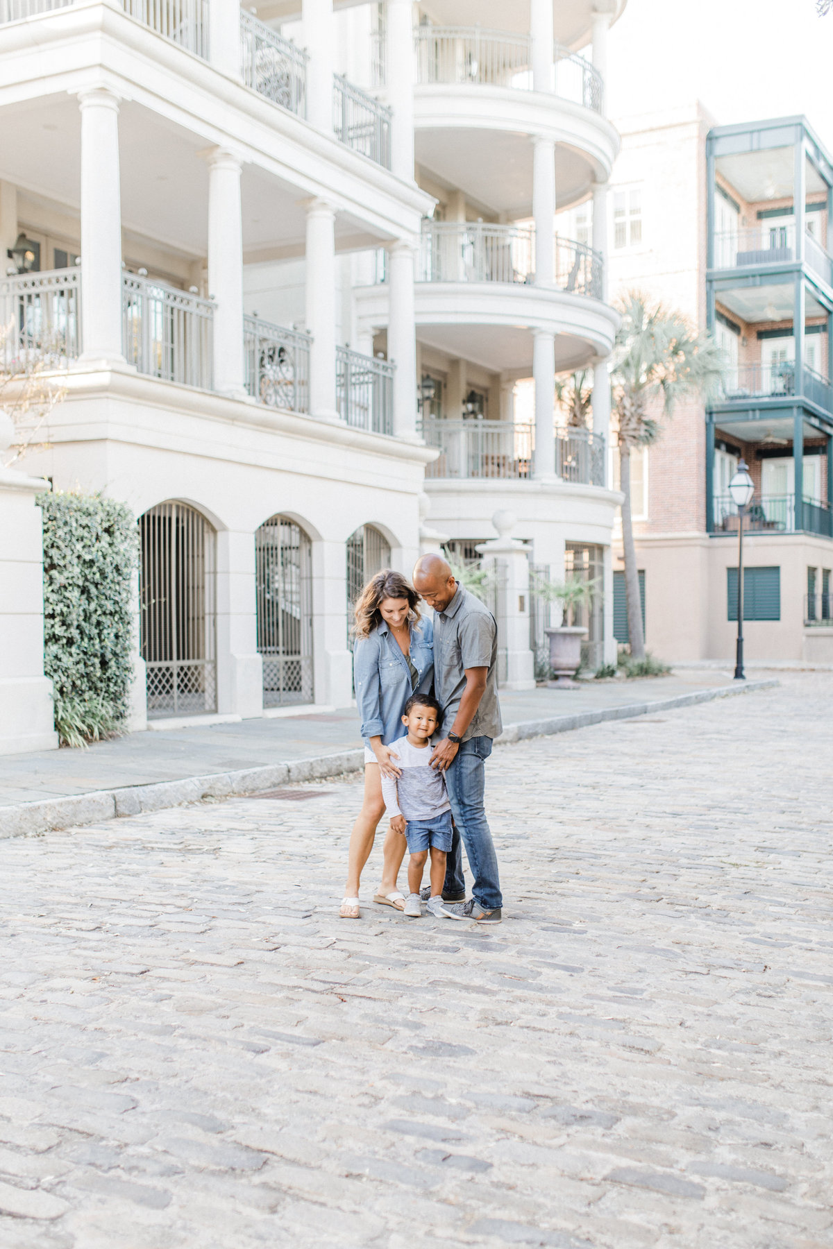 Downtown-Charleston-Family-Photos-Laura-Ryan-Photography-16