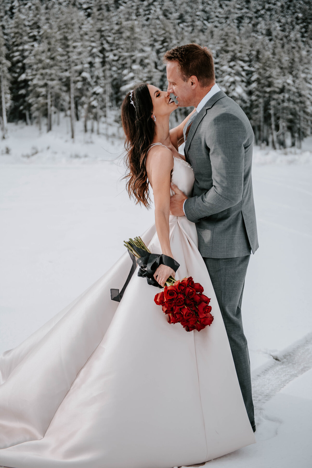 mt-bachelor-snow-winter-elopement-bend-oregon-wedding-photographer-2081