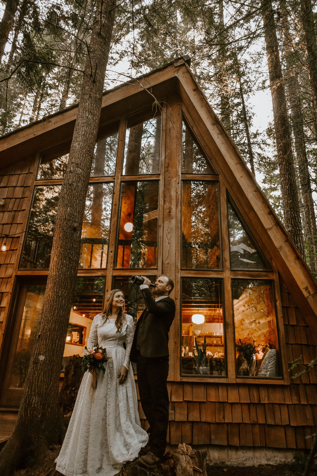 mount-hood-mountain-cabin-woods-elopement-forest-oregon-pnw-wedding-photographer9793