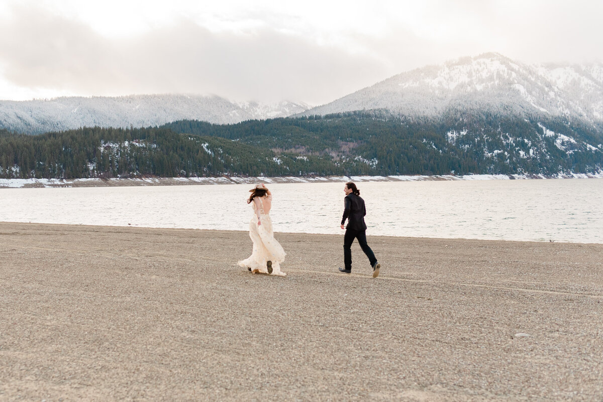 Cle-Elum-Washington-Lake-Elopement-Photographer-Photography-58