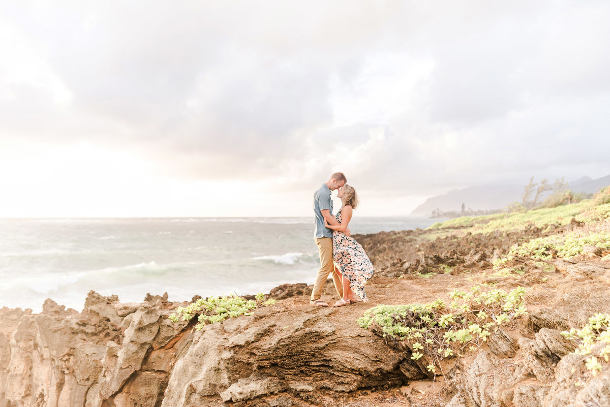 light-and-natural-desintation-wedding-photography-in-oahu