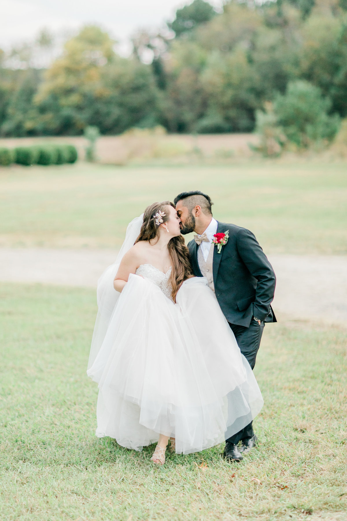 Williamsburg_Winery_Fall_Wedding_Virginia_DC_Photographer_Angelika_Johns_Photography-0001