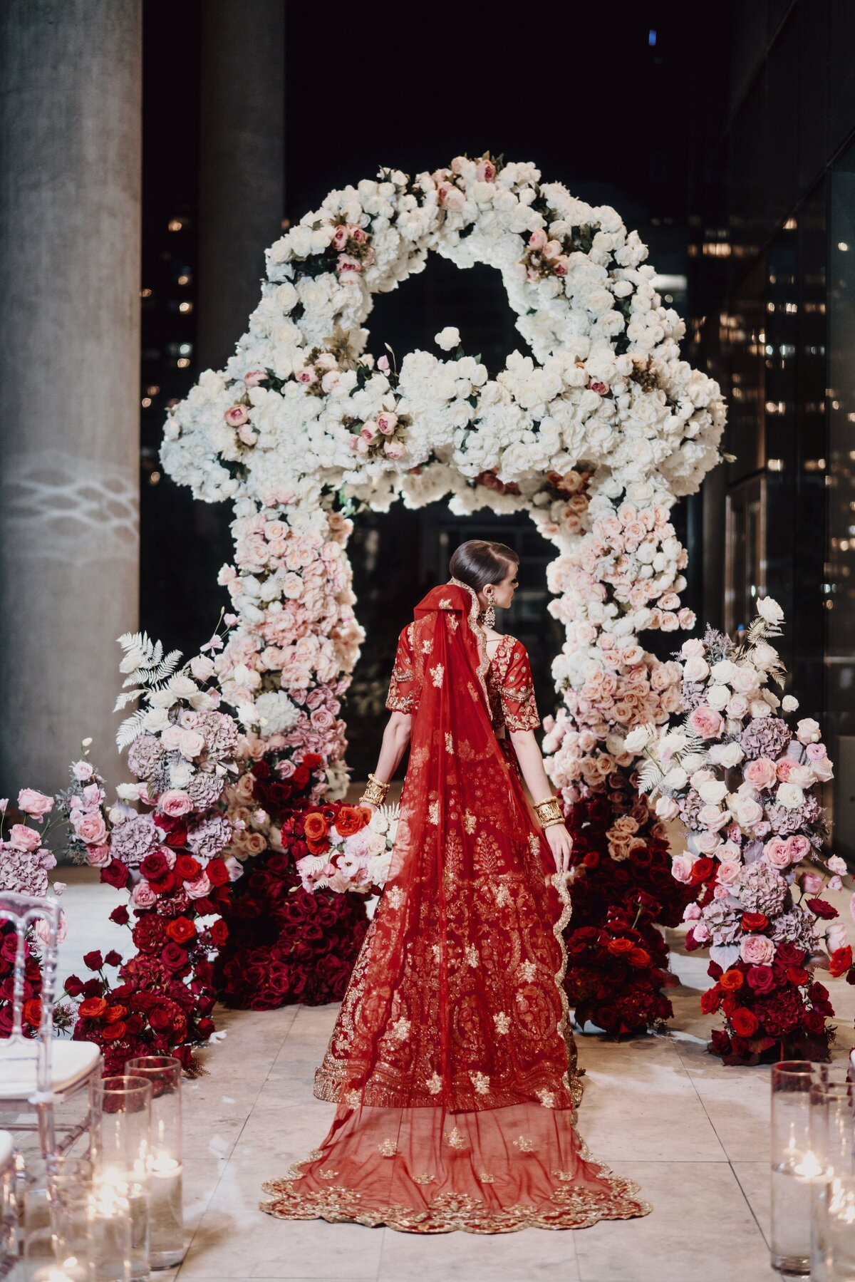 red-white-blush-pink-indian-hindu-sikh-wedding-ceremony-bride-08