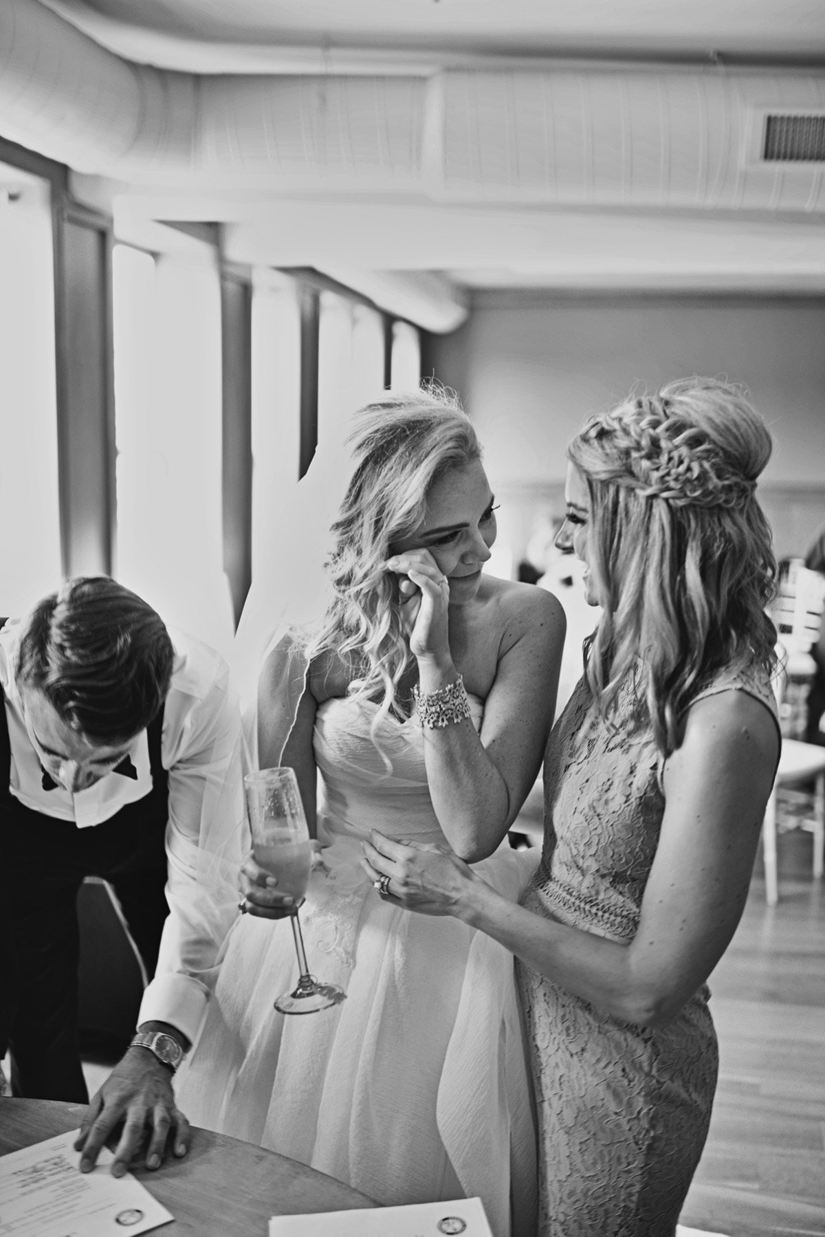 muse event center wedding photos minneapolis wedding photographer bryan newfield photography 46