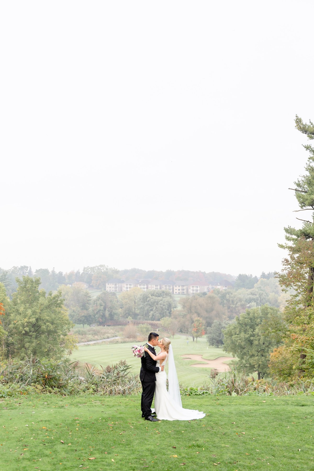 Classic Romantic Candid London Ontario Wedding Photographer | Dylan and Sandra Photography 006