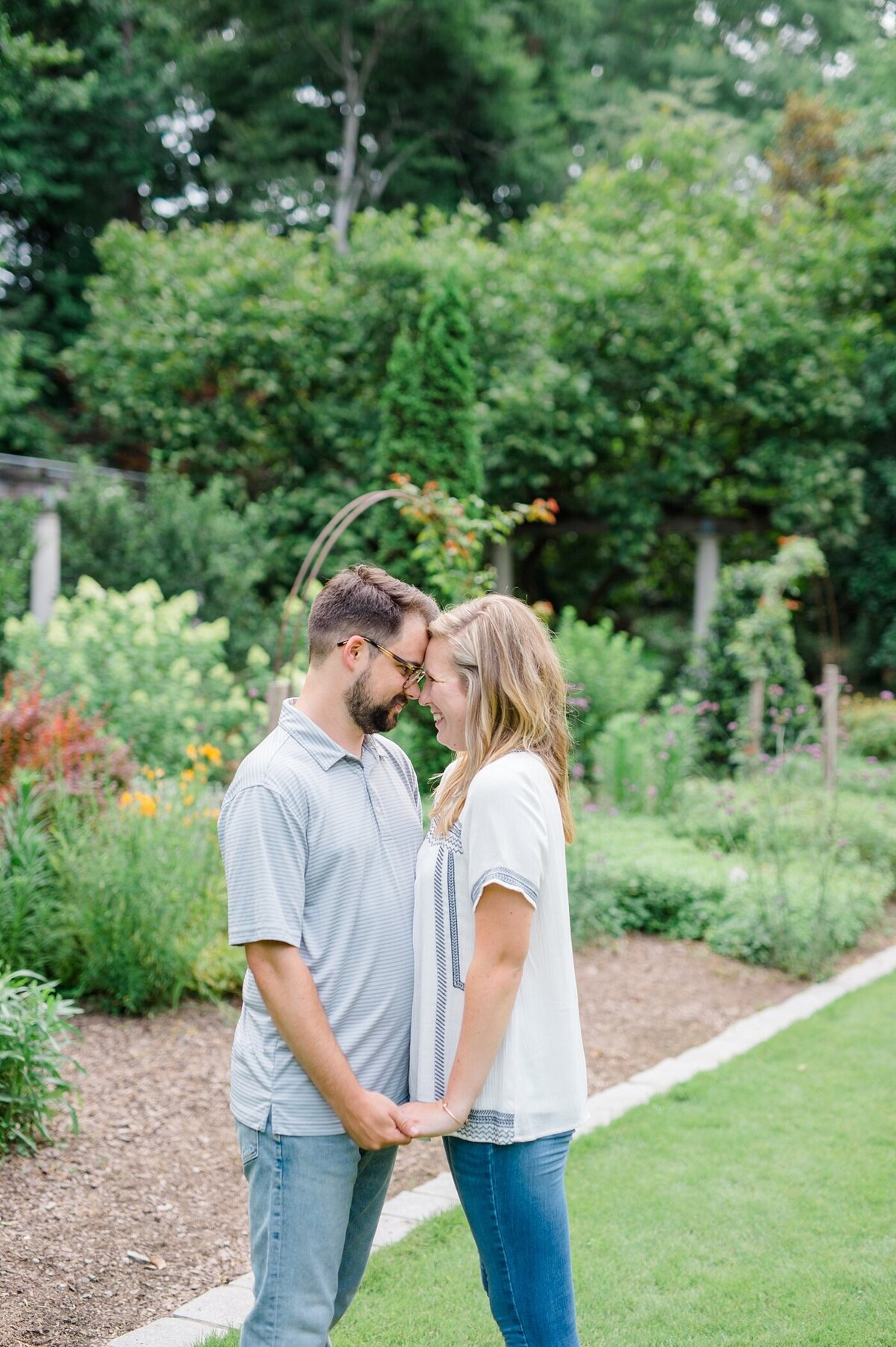 cator-woolford-gardens-engagement-wedding-photographer-laura-barnes-photo-shackelford-40