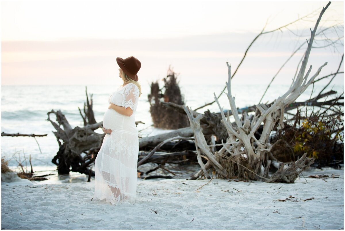 Maternity Photography on Longboat Key at Beer Can Island at sunset