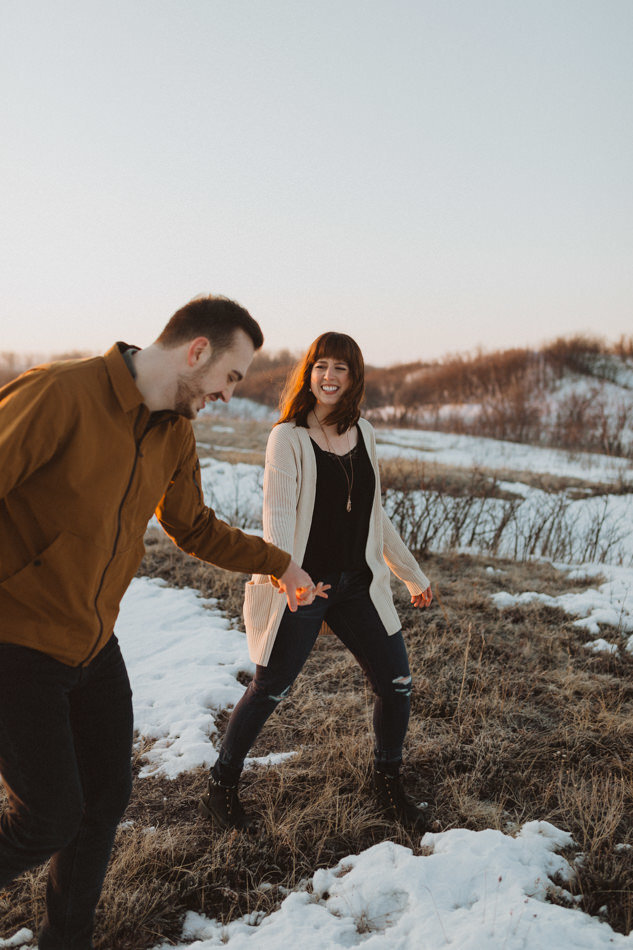 liv_hettinga_photography_winter_engagement_cranberry_flats-8