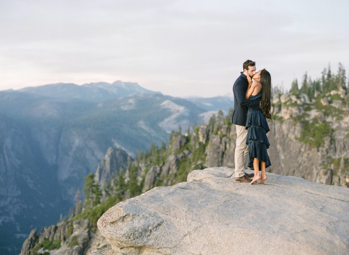 82-KTMerry-destination-engagement-Yosemite-incredible-view